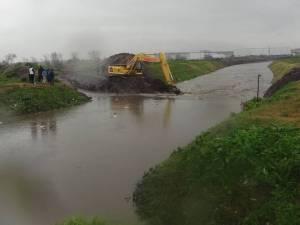 Colapsó el canal derivador del Arroyo del Gato