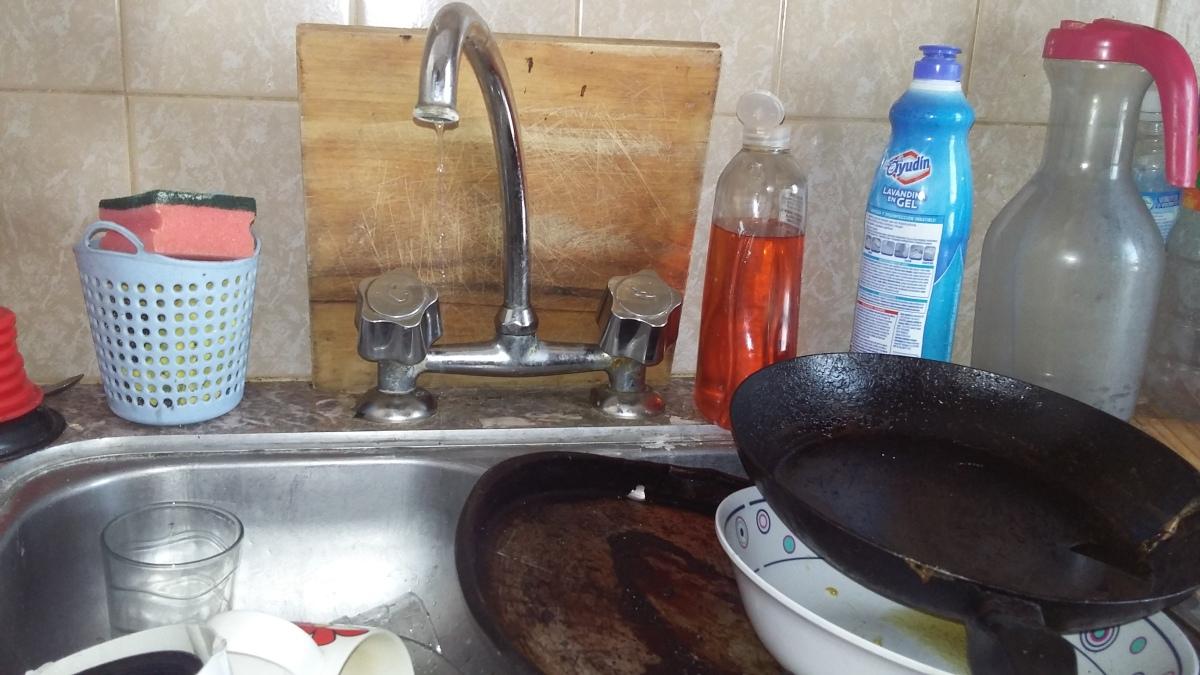 """Vecinos piden """"auxilio"""": a ABSA no le sube el agua al tanque"""